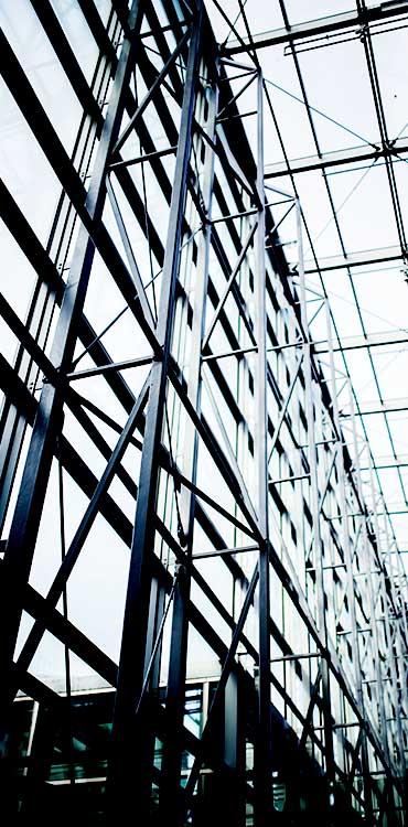 پیمانکاری ساختمان های صنعتی و سوله
